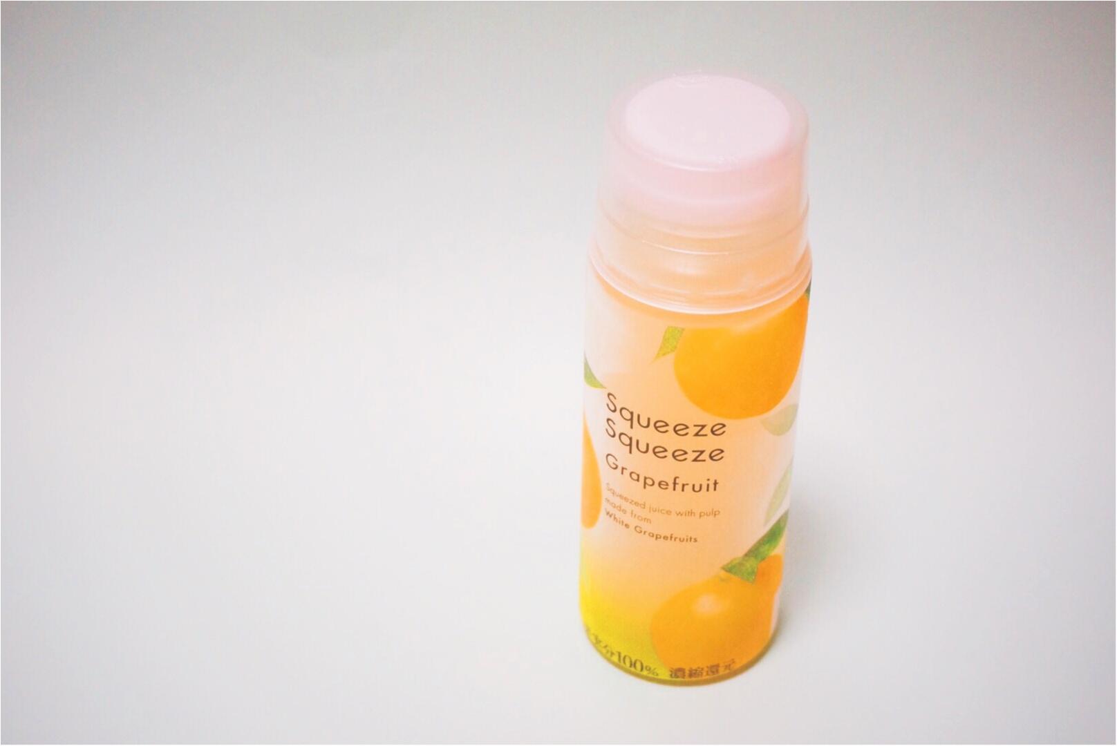 果肉感じる新果実飲料第1弾が【ファミマ】に登場♪砂糖・香料不使用で素材そのままの味わいが楽しめる 『スクイーズスクイーズ』シリーズがオシャレで美味いっ♡_2