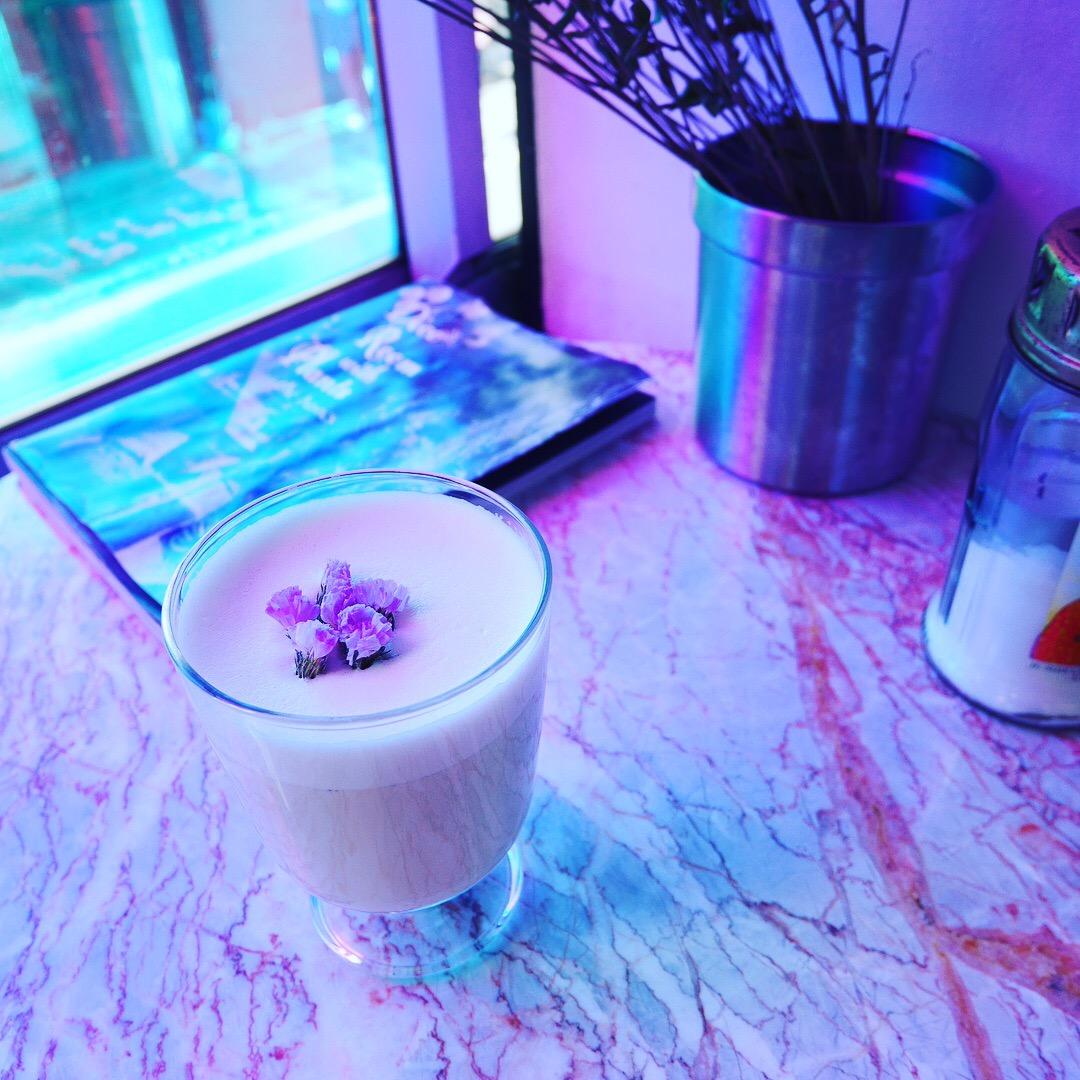 【モアハピ関西メンバー】とカフェ巡り♡白いカフェ≪fouet≫と個性的なオシャレ空間≪イマスカフェ≫に行ってきました!_5