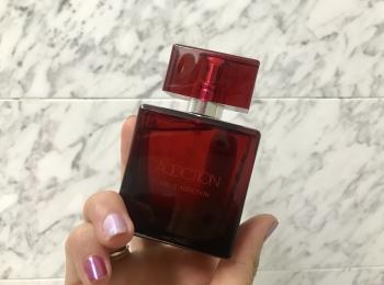 『アディクション』初のフレグランス「オードアディクション」は、カレとシェアして使える香り♡