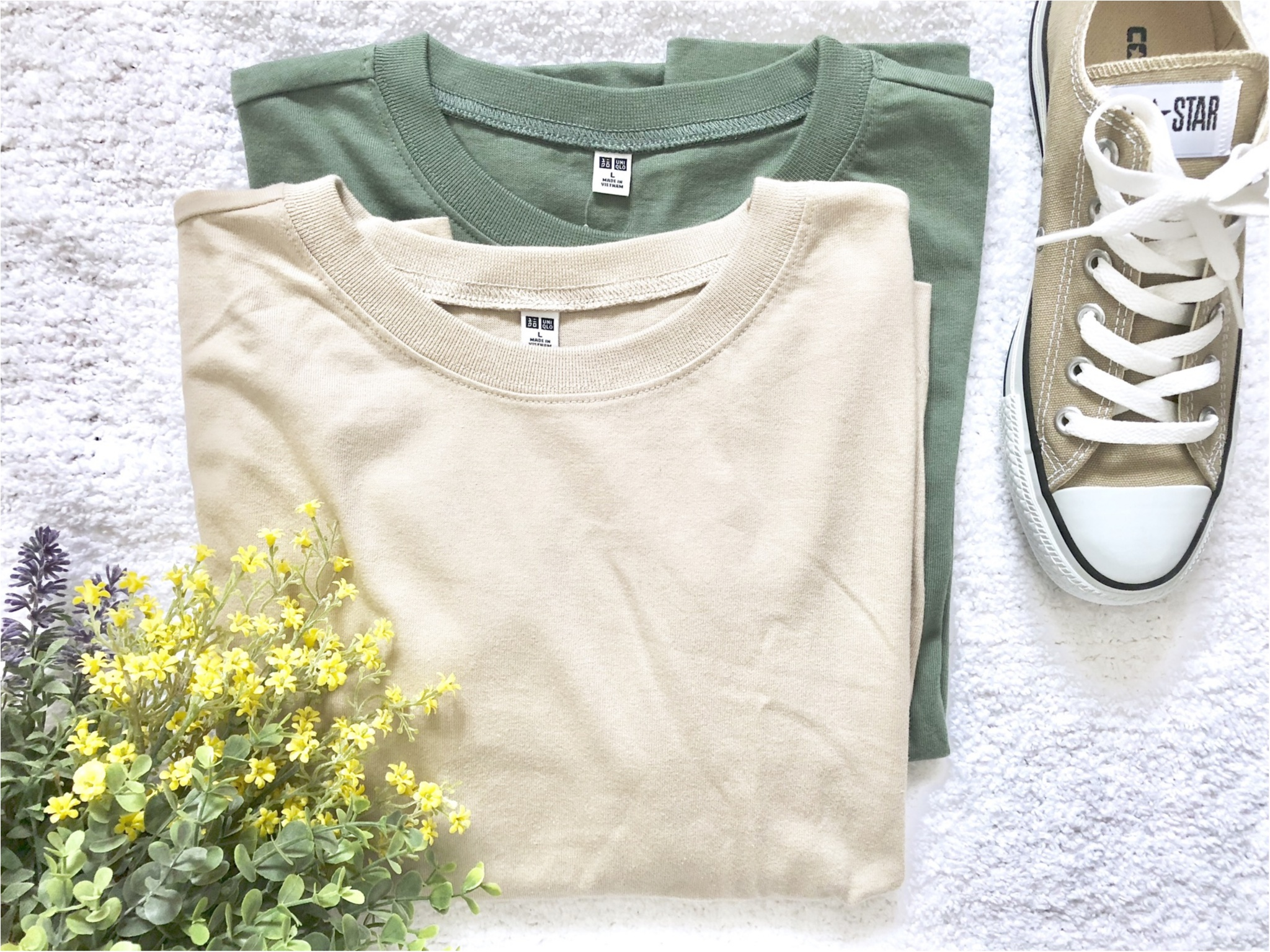 【UNIQLO】お洒落さんがこぞって買っている《話題のTシャツ》を2色買い❤️7/5までならお買い得なので急げっ!_1