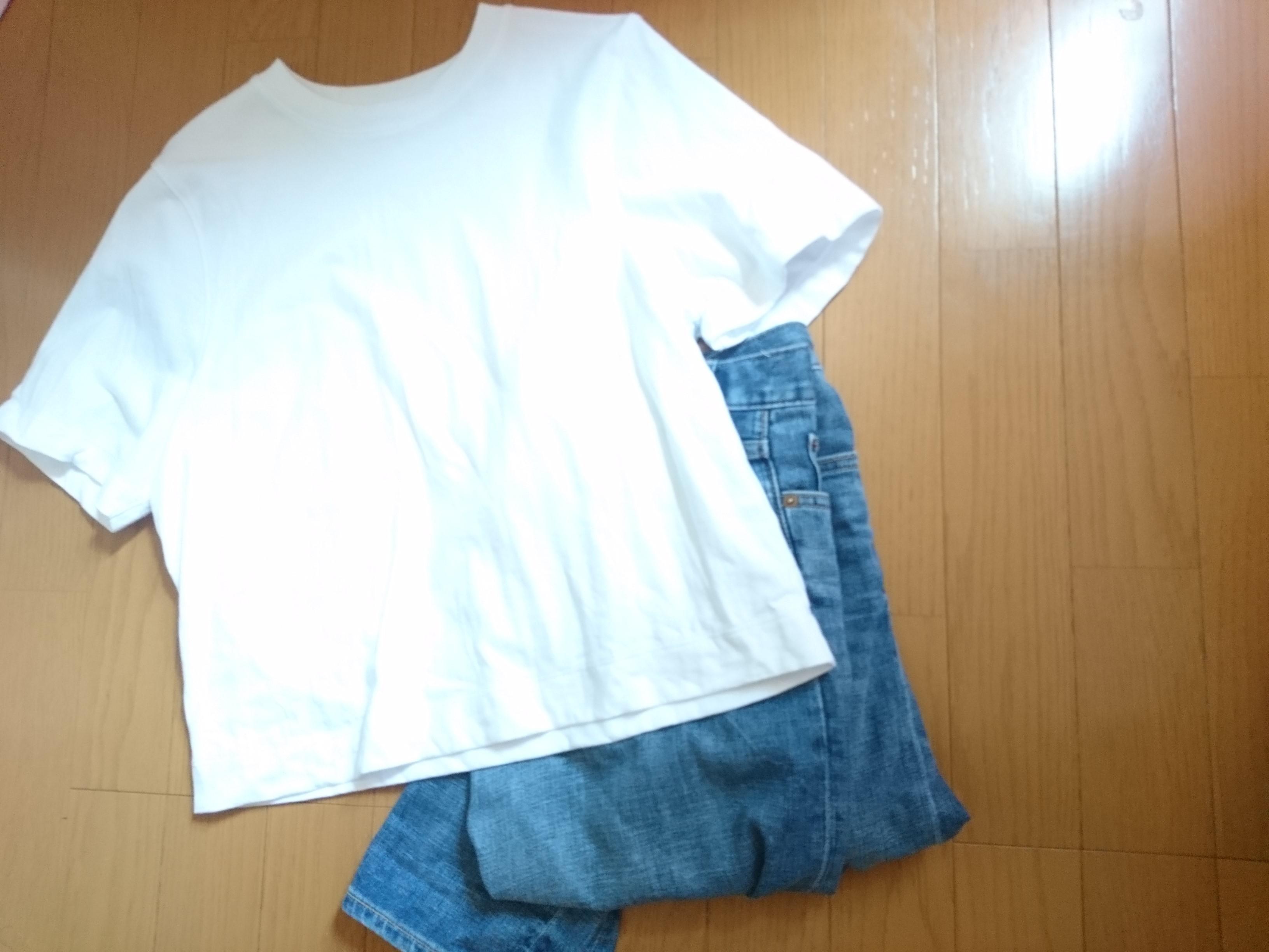 白Tシャツはコスパ抜群の UNIQLO(ユニクロ)☆_4