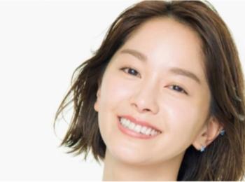 美肌な人は、肌コンディションで化粧水を変える! 女優・石橋杏奈さんの「化粧水使い分け術」