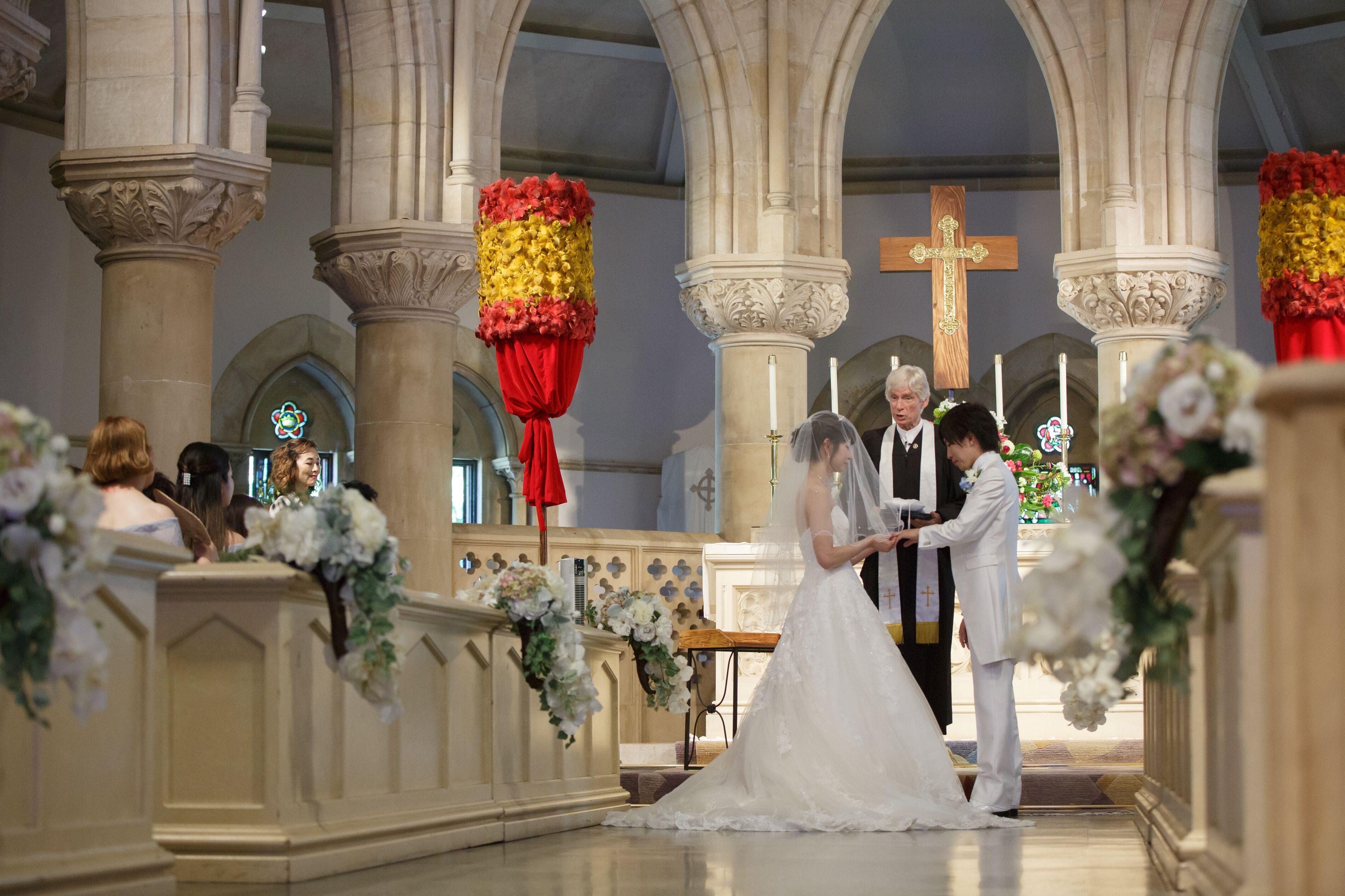【ハワイ挙式】幻想的なステンドグラスが魅力的!セントアンドリュース大聖堂にて結婚式を挙げました♡♡_8