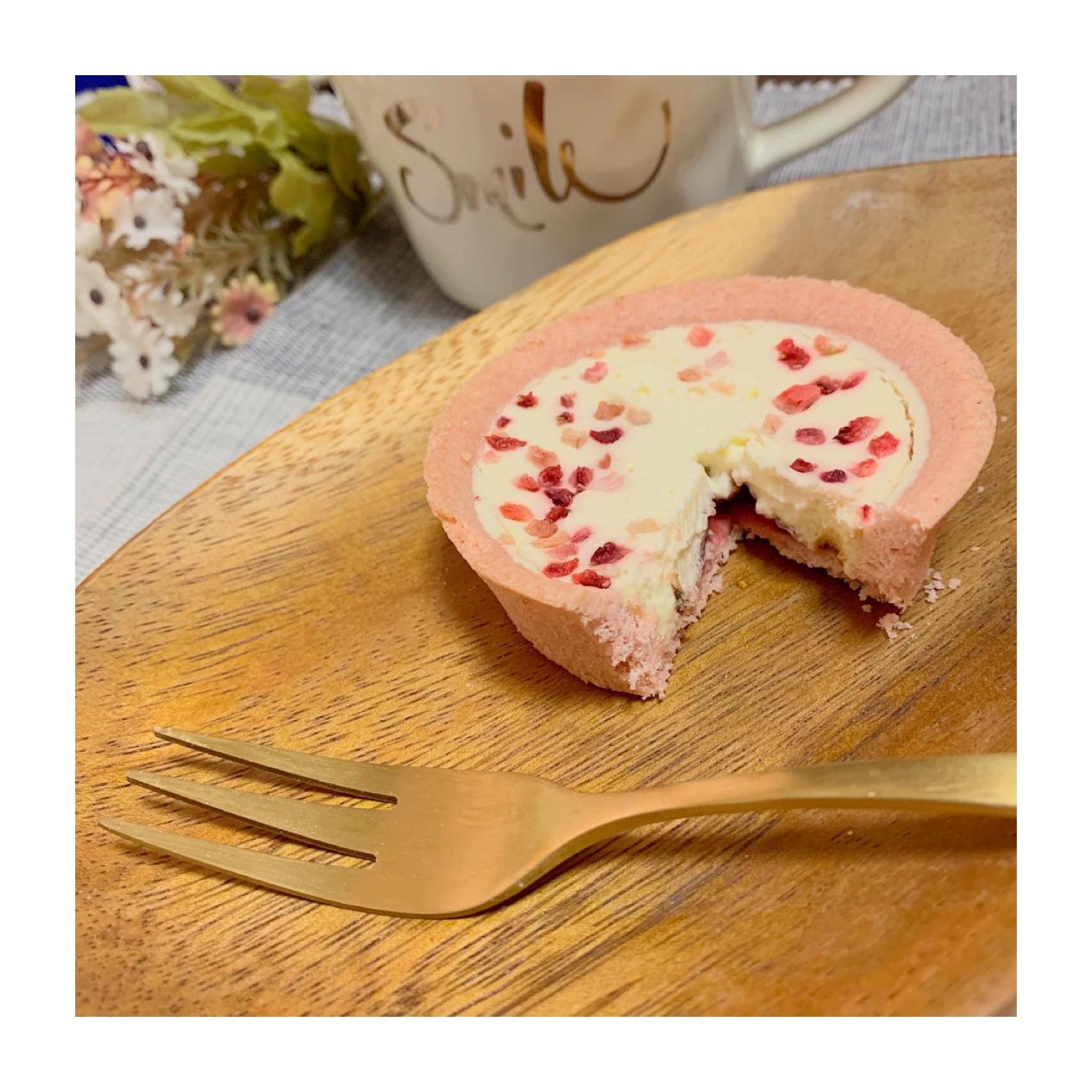 《写真映え❤️コンビニスイーツ》【ローソン】いちごのショコラタルトが美味しい☻_4