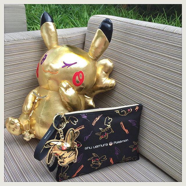 ピカシュウとデートなう♡ 『シュウ ウエムラ』の2019年ホリデーコレクションはポケモンとのコラボ!_1
