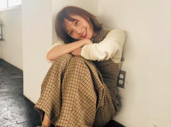 本田翼が愛用中♡ 『UNDERCOVER』のファースリッパ!【モデルのオフショット:お気に入りのファッションアイテム編】