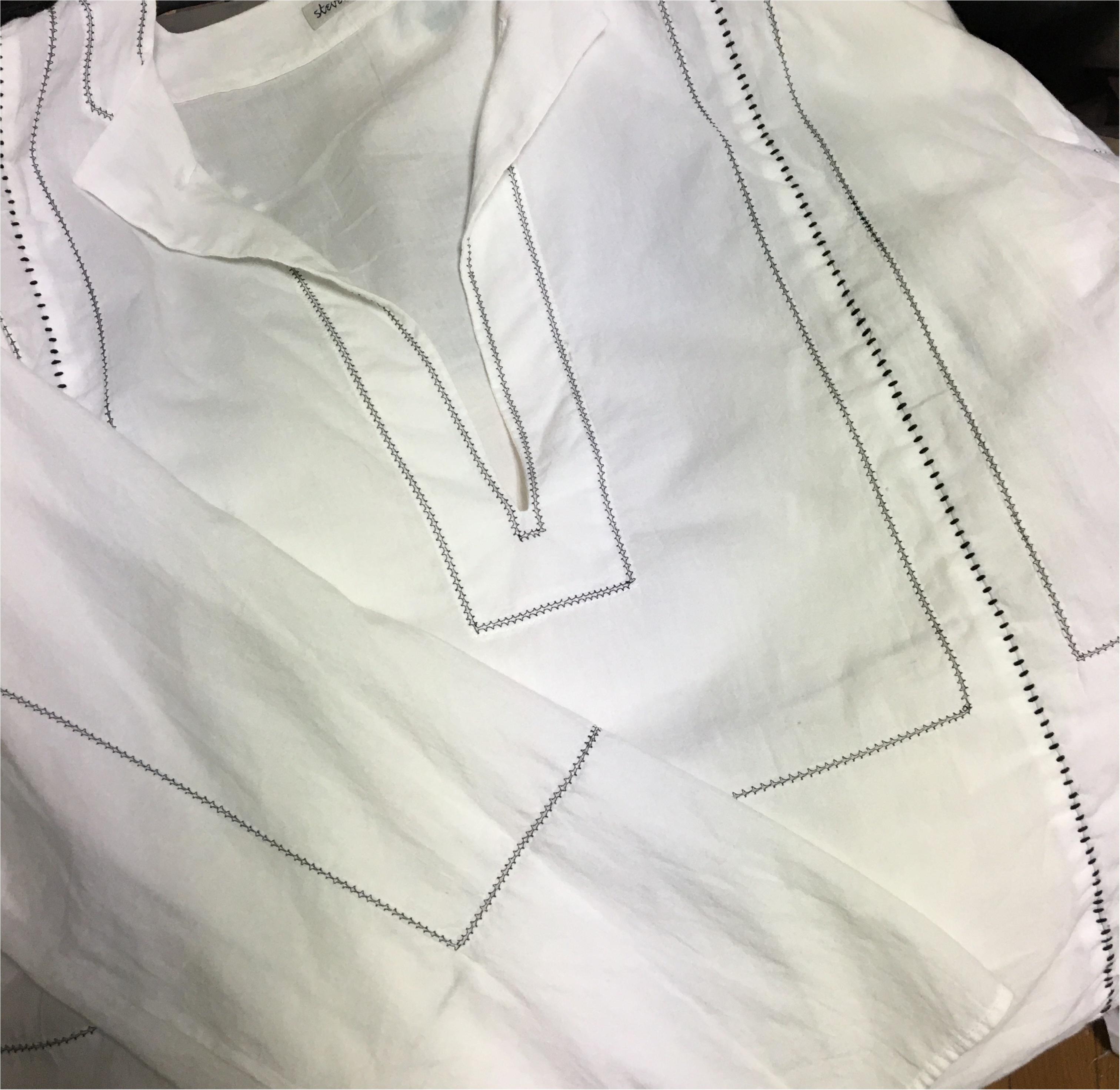 Coordinate...刺繍ブラウスが流行する中、私があえてシンプルなものを選んだ理由☆_2